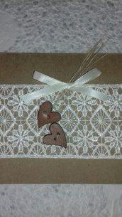 Invito matrimonio partecipazione matrimonio shabby con carta kraft pizzo e cuori legno