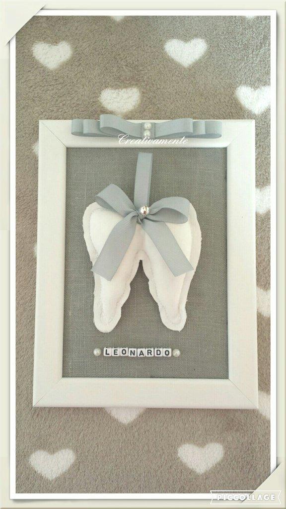 Cornice  portafoto con ali d angelo personalizzabile.