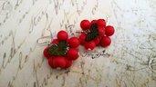 Orecchini grappolo perle rosse foglie lucite dipinte a mano anallergici argento 925 rosso bigiotteria