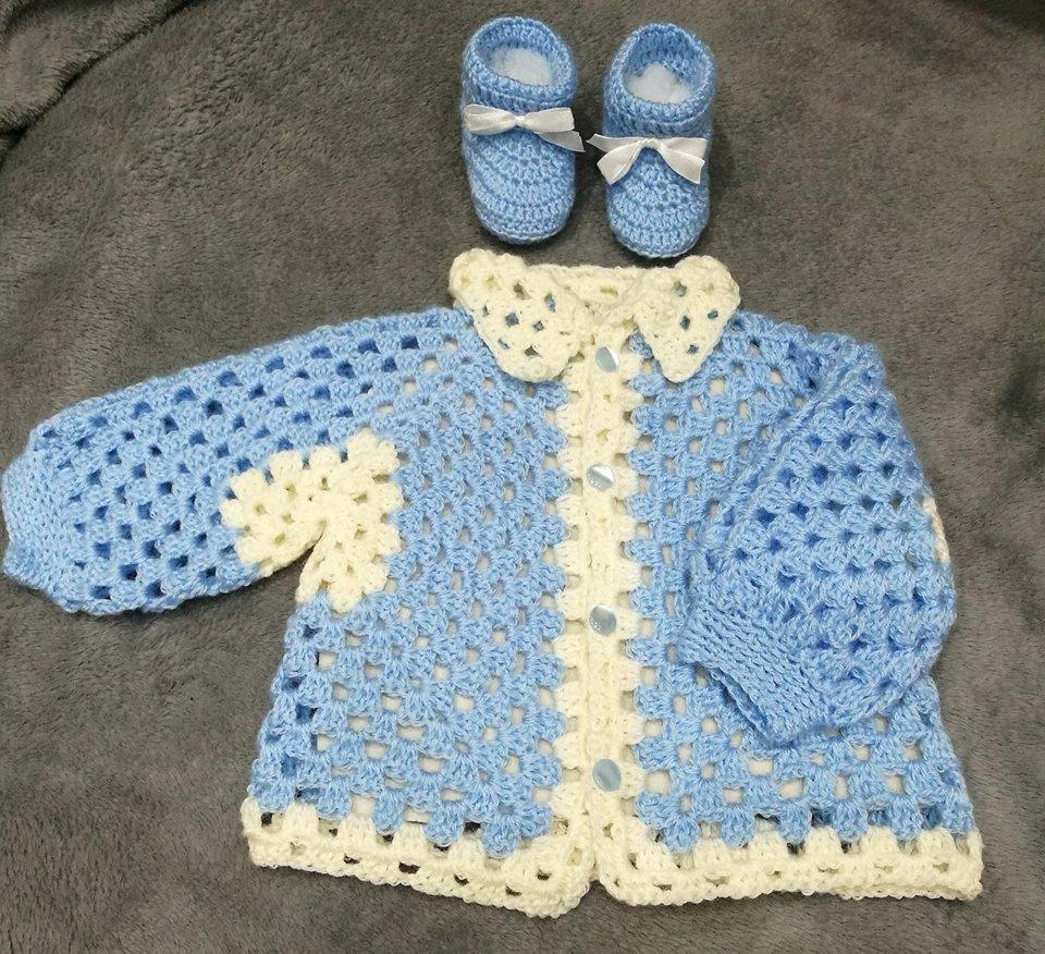Cardigan e scarpette baby fatto a mano ad uncinetto idea regalo shopping