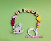 Portaciuccio personalizzato con nome ed elementi colorati