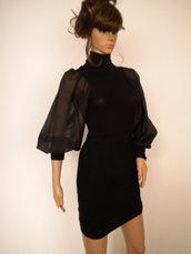 elegante tunica da donna con ampie maniche ad aletta,