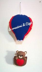 Fiocco nascita mongolfiera con orsetto in pannolenci fatto a mano.