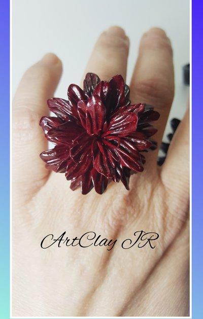 Anello fiore rosso bordeaux in pasta polimerica(fimo) fatto a mano