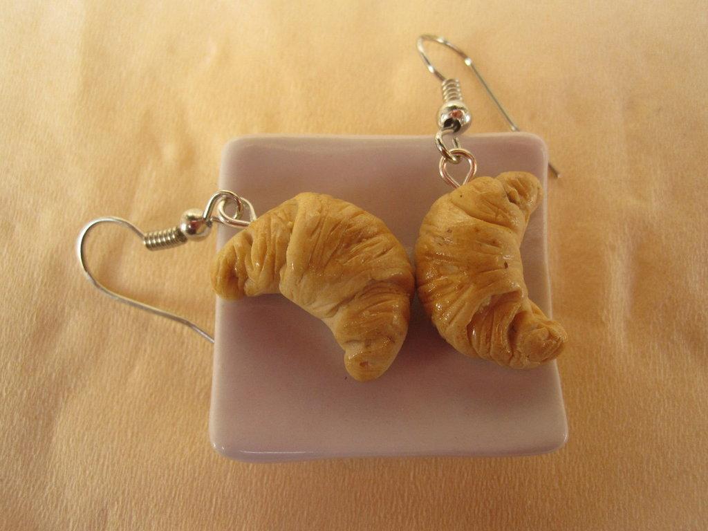 orecchini CROISSANT in fimo cernit