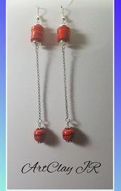 Orecchini pendenti rossi fatti a mano in pasta polimerica