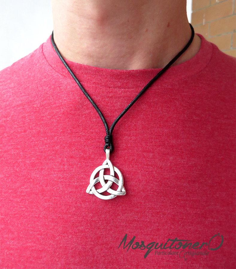 Collana con Ciondolo Nodo Celtico Trinità Triskele Intrecciato in metallo color argento
