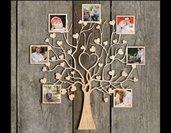Portafoto in legno a forma di albero con cuori