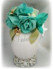 Uovo decorato verde acqua marina