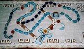 Rosario originale di ceramica da appendere al muro con grani dipinti con smalto nelle tonalità del blu