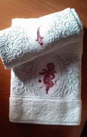 Set asciugamani spugna con ricamo punto croce angeli