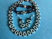 Completo di collana con braccialetto e orecchini fatto con perlune