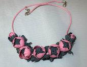 Collana di vera pelle con fiori rosa 2.