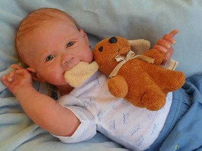 Bambola Reborn da collezione da kit Sold Out P.Donnelly.Come un bimbo vero!