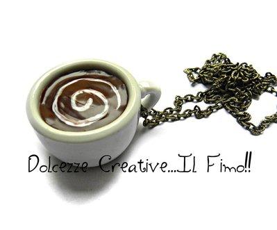 Collana Con maxi tazza di caffè decorato con panna a spirale - Miniature - idea regalo - regalo amica, regalo fidanzata