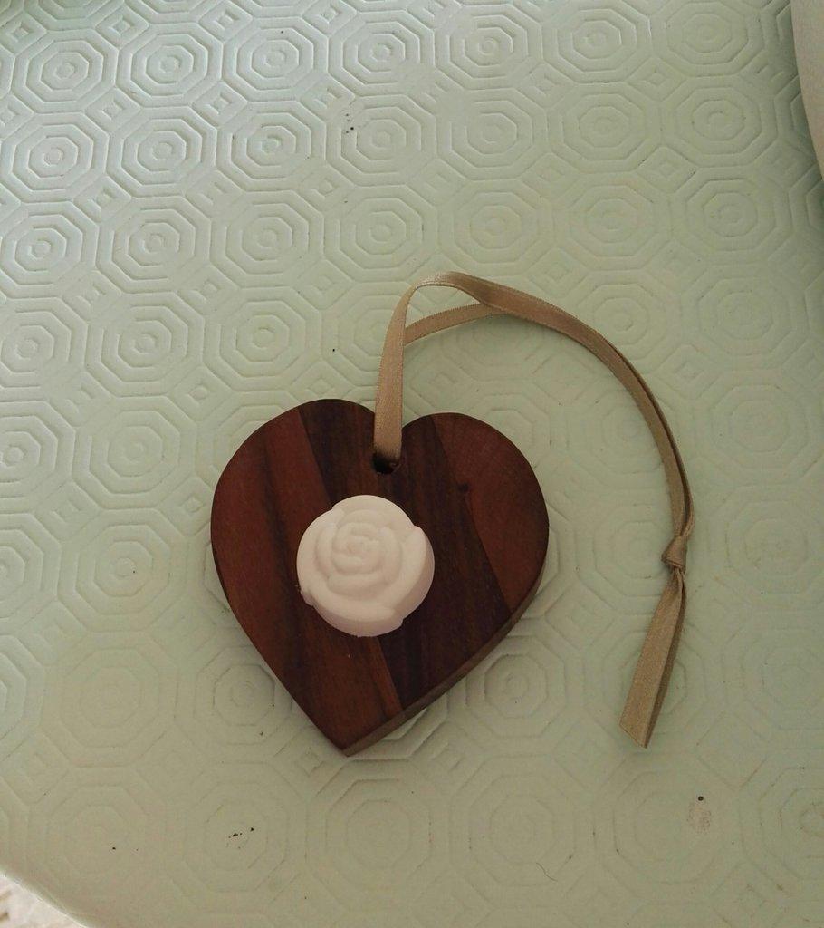 Cuoricino in legno