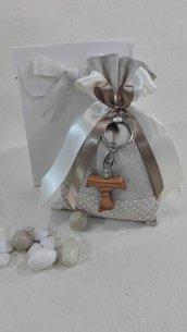 Confezione da 5 sacchettini con tau grande color beige-Bomboniera Comunione o Cresima