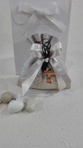 Confezione da 5 sacchetti porta confetti con collanina Tau medio-Bomboniera Comunione o Cresima