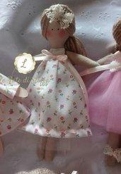 Bambolina 'Mini Doll' in tessuto vari modelli