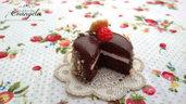 Mini torta cioccolato frutta 20 mm. ciondolo pendente fimo kawaii dolci materiale bigiotteria decoden