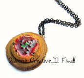 Collana Vassoio con pizza marinara con olive - handmade idea regalo - fimo - kawaii