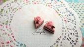 Fetta di torta rosa cioccolato ciondolo 15 mm. pendente fimo materiale dolci kawaii