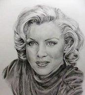 Disegno a matita su cartoncino- Marilyn Monroe.