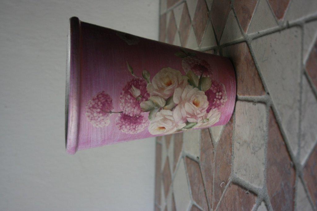 vaso rosa decoupage