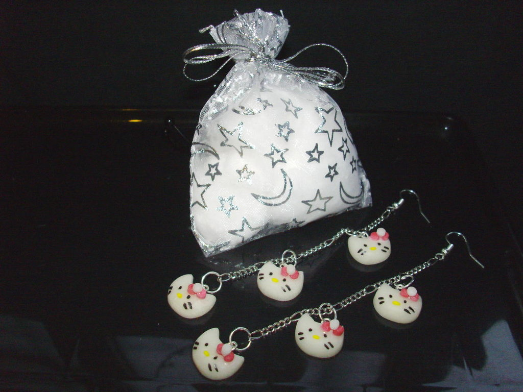 Orecchini HELLO KITTY + confezione, idea regalo San valentino