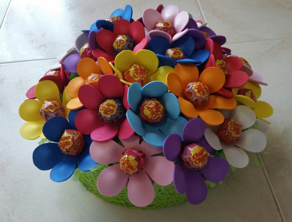 Torta fiori- chupachups