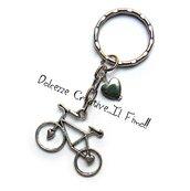 Portachiavi Bicicletta - handmade - idea regalo con perla a forma di cuore