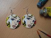 Orecchini POP ART.Orecchini in legno dipinti a mano. Orecchini Roy Lichtenstein. Pop Art. Idea regalo.