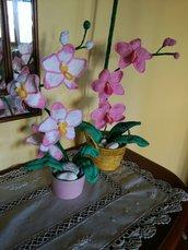 Ramo di orchidea ad uncinetto