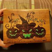 Scatola portaoggetti portagioie pirografata e dipinta a mano. Halloween.