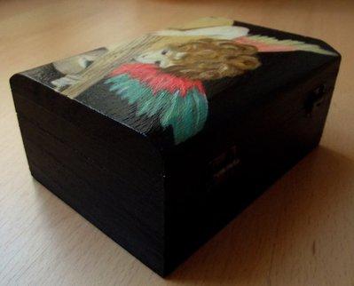 Dipingere Portagioie Di Legno : Cofanetto angioletto. portagioie in legno dipinto a mano. scatola i