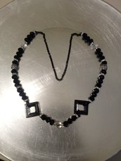 Collana perline nera