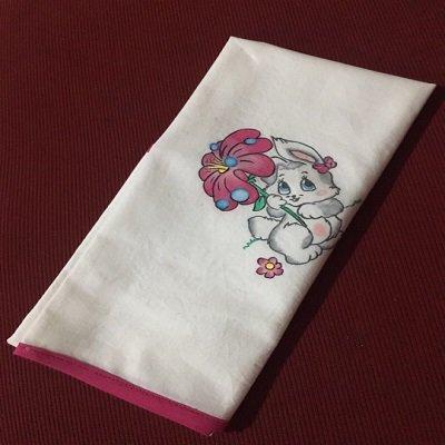 Quadrato in cotone per bambina con sbiego fucsia