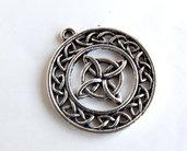 Pendente con nodo celtico CIO160