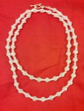 Girocollo con perle celesti