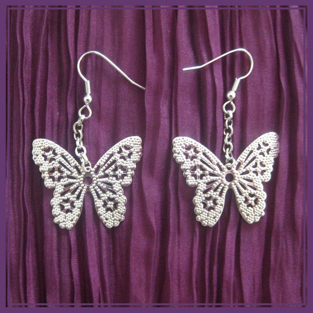 Orecchini con farfalla Jewels'A