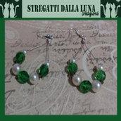 """orecchini perle e cristalli di vetro """"green"""""""