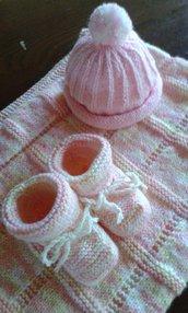 cuffietta e calzini nuovo fatto a mano misto lana baby