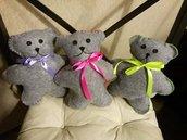 amorevoli orsetti con fiocco