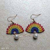 "Orecchini ""Rainbow"" in macramé"