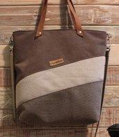 Tote Bag Debora con manici a spalla ,tracolla regolabile ,jeans,tessuto e alcantara