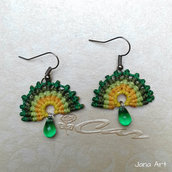 "Orecchini ""Emerald Dawn"" in macramé"