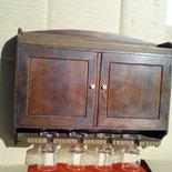 Mobile bar con calici