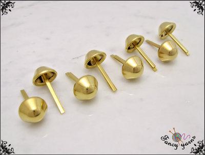 8 piedini per fondo borsa, Ø 13 mm, in metallo colore oro, applicazione con alette
