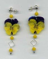 ORECCHINI pendenti con viola del pensiero vera bicolore viola e giallo intenso
