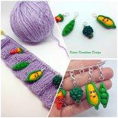 Segnapunto con verdura kawaii, in fimo, regalo donna, regalo per chi fa la maglia, charms verdura kawaii, regalo kawaii, regalo vegetariana